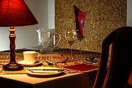 dinner-table-444434__180